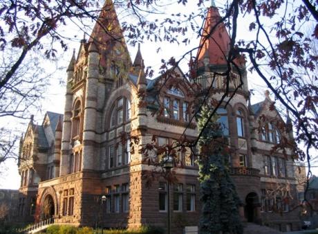 Victoria_College